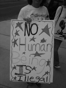 'Ningún ser humano es ilegal'. Foto gracias @AFH3 en Flickr
